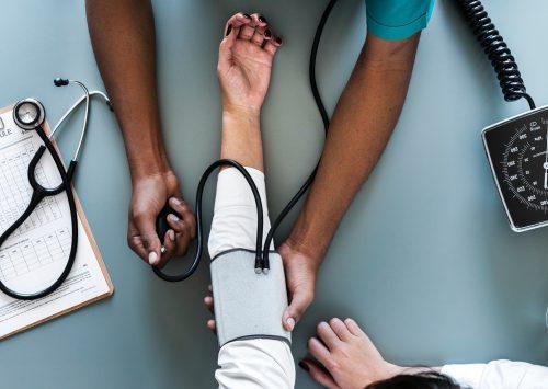 Onderzoek: zorgsector heeft zaken niet op orde